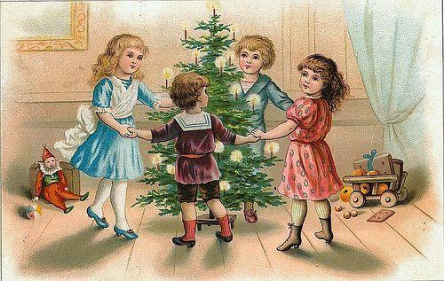дети вокруг елки