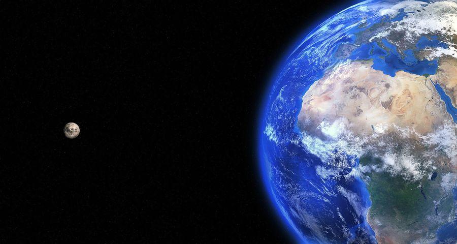 Луна и Земля. Сравнение размеров.