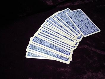 разложенная колода карт